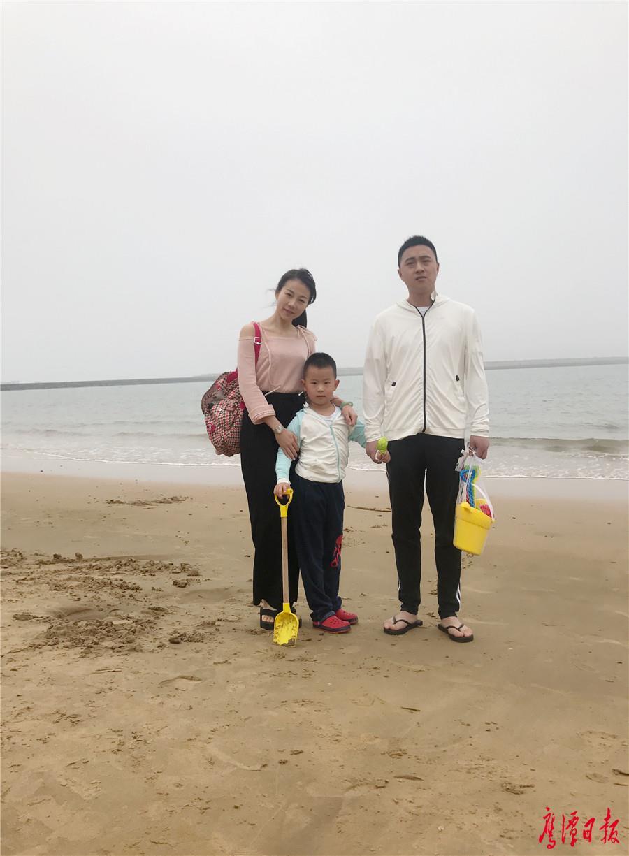 【网络媒体走转改】鹰潭人不在鹰潭的别样春节