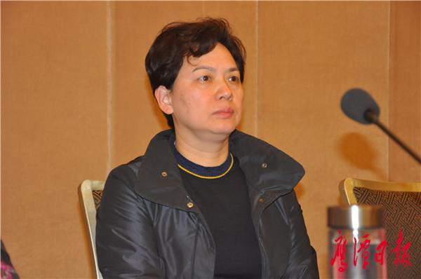 鹰潭市女企业家协会2018年年会召开戴春英出席 (5).JPG