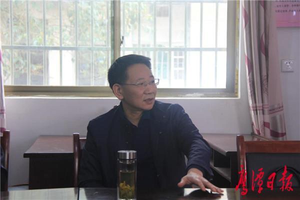 """邓伟深入锦江镇调研指导村(社区)""""两委""""换届选举工作2.jpg"""