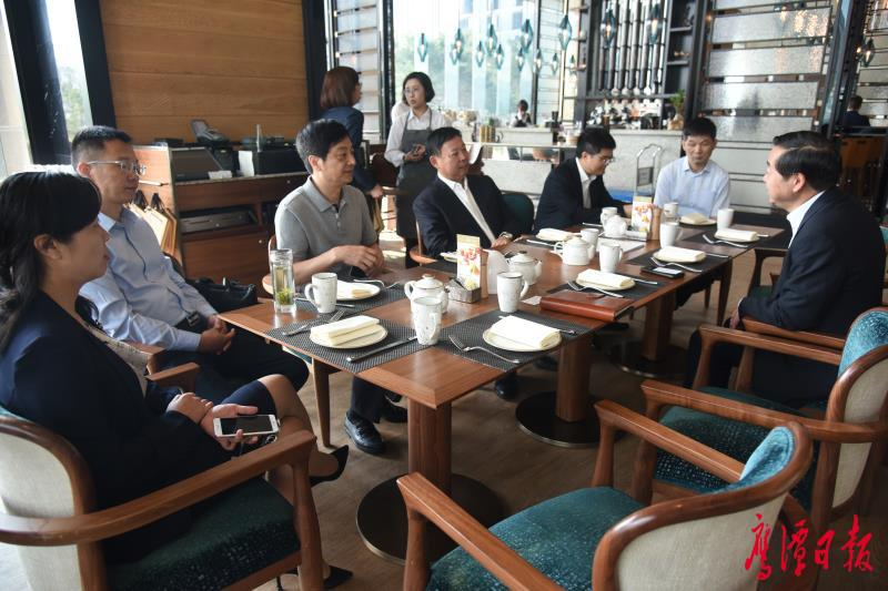 """扩大鹰潭""""朋友圈"""" 拓展发展新空间  郭安在香港拜访会见客商"""