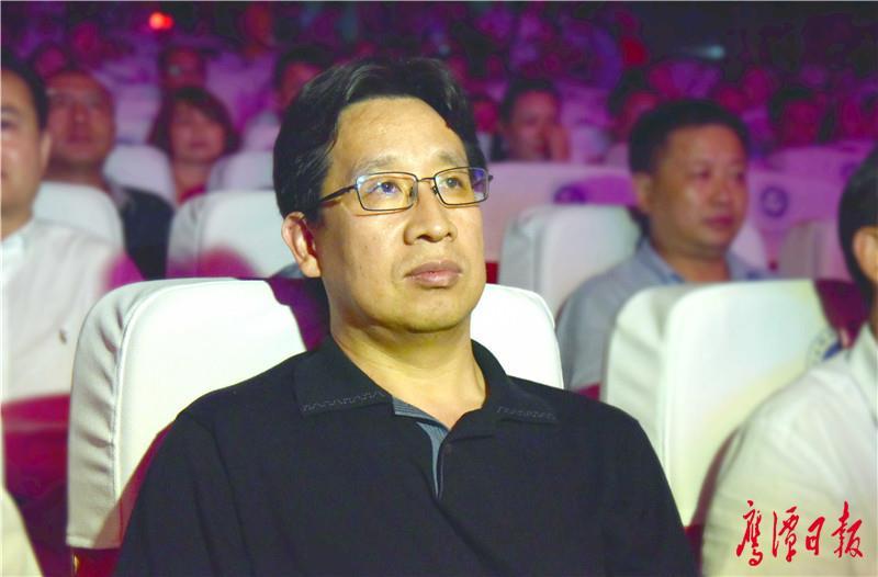 全国安全月组委办副主任、国家安全生产宣传教育中心副主任王振拴.jpg