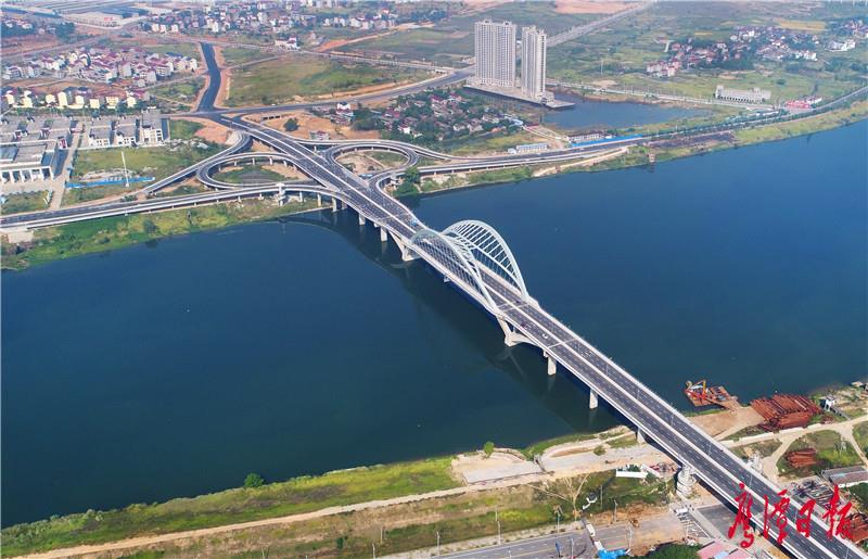 02、鹰西大桥俯瞰许志平摄.jpg