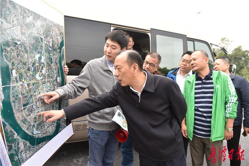 于秀明调研指导信江新区水系连通及景观提升工程