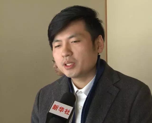 刑俊龙接受采访.jpg
