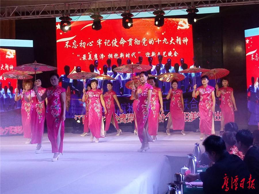 中国旗袍55.jpg