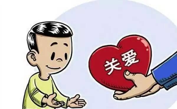 省残联理事长何剑锋一行来到余江县走访慰问困难户
