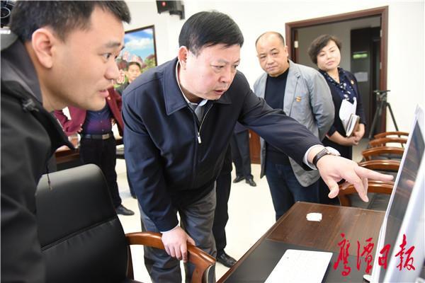 郭安在接待群众来访时指出 维护人民群众切身利益 营造和谐稳定发展环境